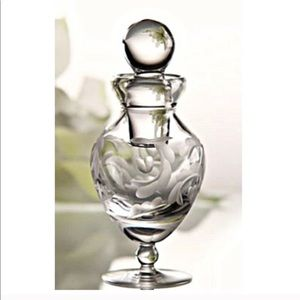 Marquis by Waterford Small Crystal Jar w. Stopper